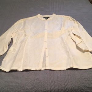 Embroidered 100% linen top